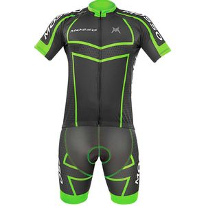 conjunto-mosso-preto-com-verde-bermuda-e-camiseta