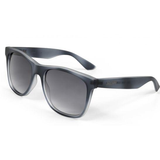 oculos-de-sol-da-marca-hupi-modelo-luppa-na-cor-cinza-com-lentes-degrade