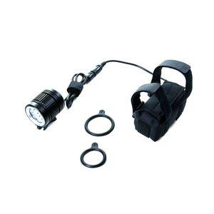 farol-para-bicicleta-3-mil-lumens-muito-forte-3-k-absolute-com-bateria-recarregavel