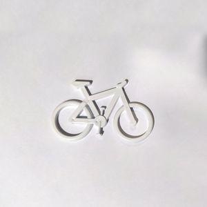 emblema-para-caro-ou-geladeira-ictus-mountain-bike-branco-em-plastico-com-uma-e-adesivo-para-colagem